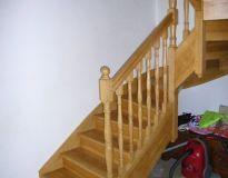 Escalier balustres tournées