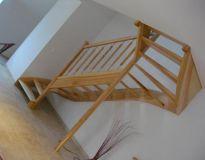 Escalier balustres bois métal