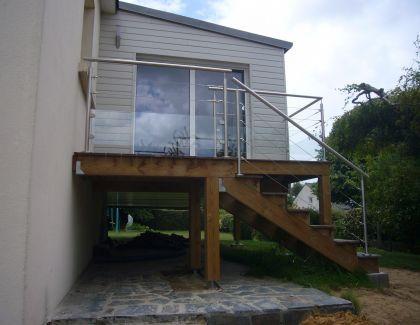Garde-corps terrasse avec poteaux inox et cables