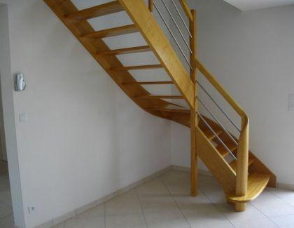 Escalier frêne poteau de départ débillardé