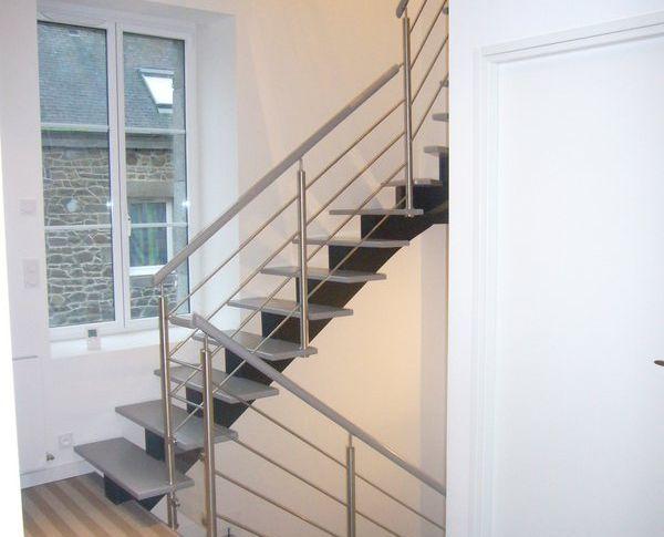 escaliers reux escaliers. Black Bedroom Furniture Sets. Home Design Ideas