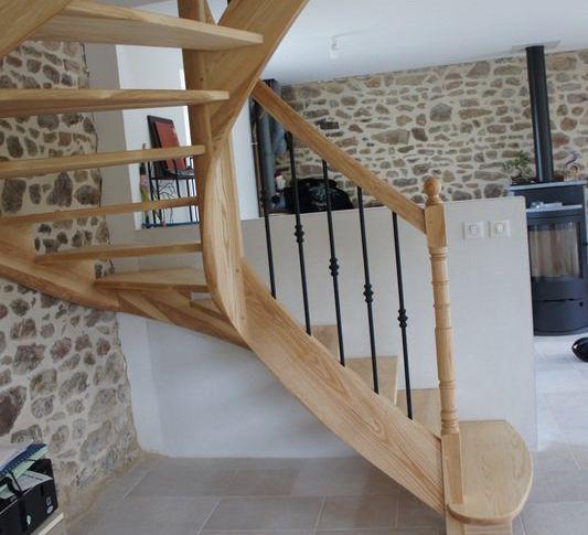 Escalier frêne débillardé